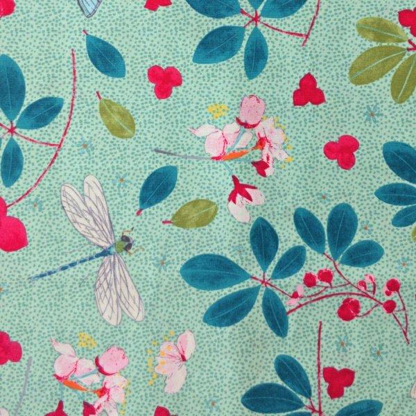 Dovozová látka needlecraft mez fabric spring blossomDee Hardwicke mint c132449-00003
