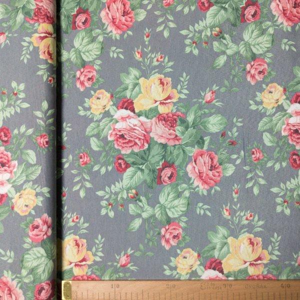 režná dekorační látka růže květiny buket na šedé žluté růžové listy zelené