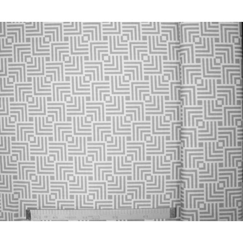 Česká látka bavlna metráž vzor šedých čtverců bludiště labyrint na bílé