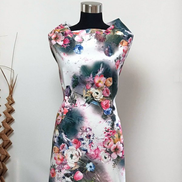 bílá šatovka na letní obleky metráž bukety trsy květin na tmavém tuniky topy sukně