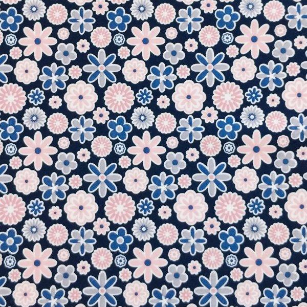 látka šatová dresovka bavlněný úplet s elastanem světle pastelové růžové květinky na tmavě modré