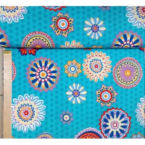 Pevná látka režná metráž mandaly na modrém tyrkysovém podkladu na povleky polštářů