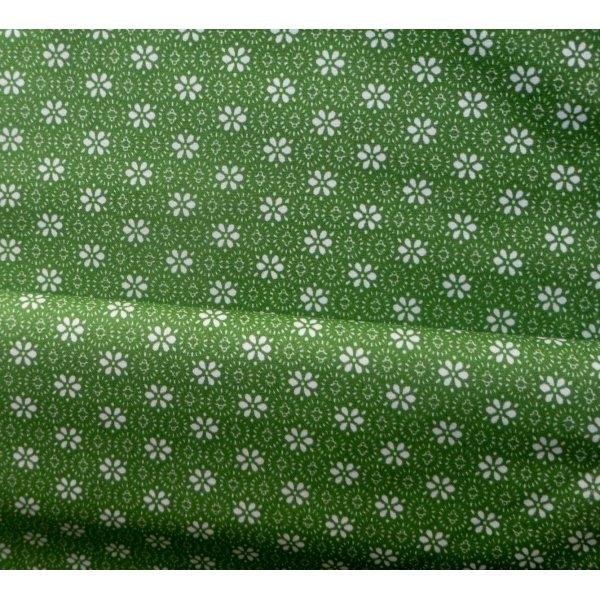 Česká zelená látka bílé kytičky