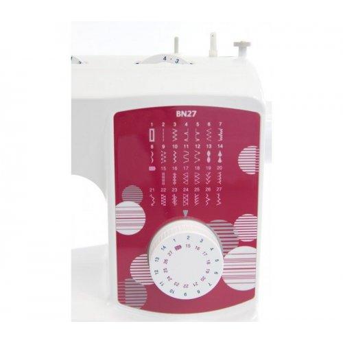 Klasický jednojehlový šicí stroj Brother, 27 programů, automatická knoflík. dírka, navlékač jehly
